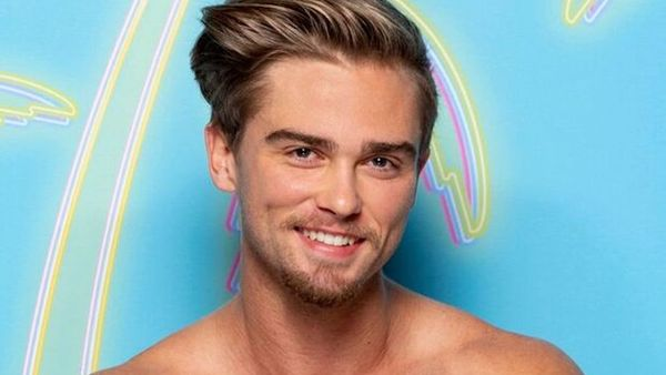 'Love Island' Allegedly Dumps Star From Cast Over Gay Porn Career